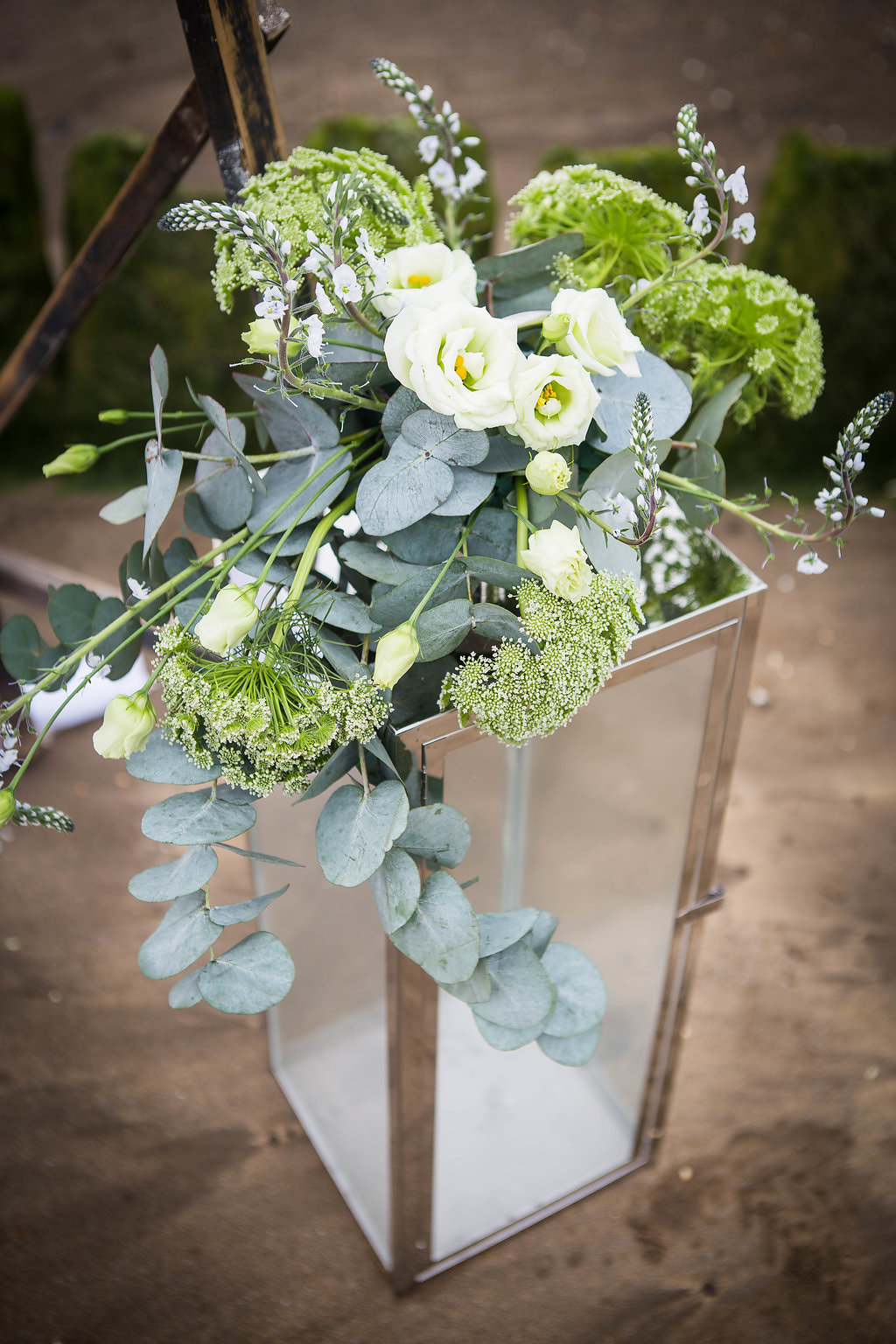 White and neutral wedding flowers Boho Mist